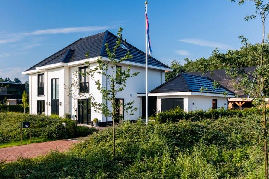 Villa-Lindepijlstaart-te-Zwolle-zij-aanzicht
